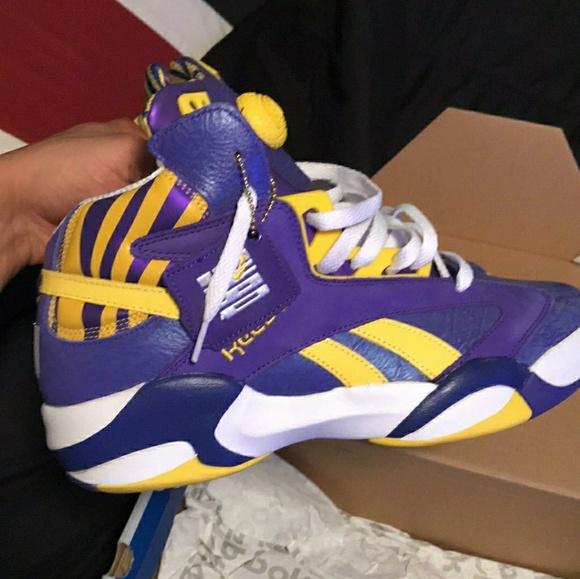 66756c555469 Shaq pumps size 9. NWT. Nike